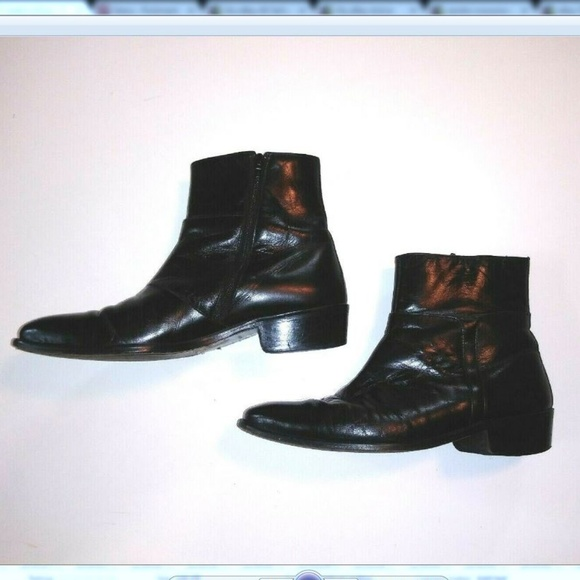 30b180ea892 SANDRO MOSCOLONI BLACK BOOTS 9.5 M LEATHER ZIP UP